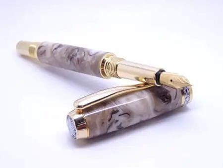 Caramel Pine Cone Fountain Pen