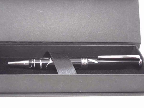 Black White Pen With Presentation Box