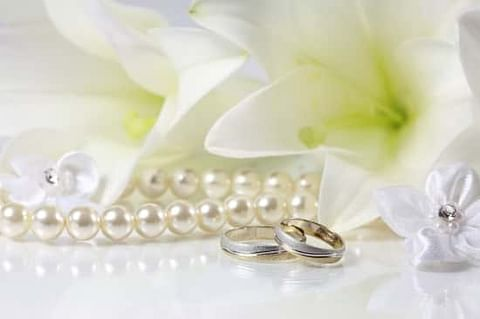 Lily and pearl gifts