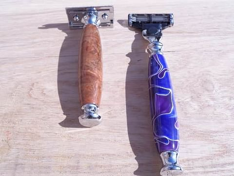 MACH 3 cartridge razor AND SAFETY RAZOR