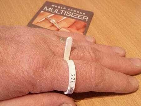 Multi size ring gauge